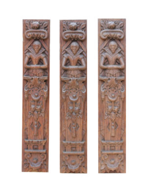 A Set of Three Antique Carved Oak Panels Depicting Queen Elizabeth I