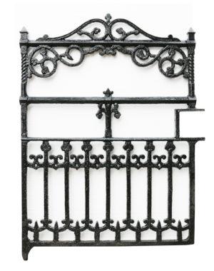 A Victorian Antique Cast Iron Gate