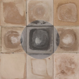 Reclaimed Black and White Circle Pattern Encaustic Tiles 1.4 m2 (15 ft2)